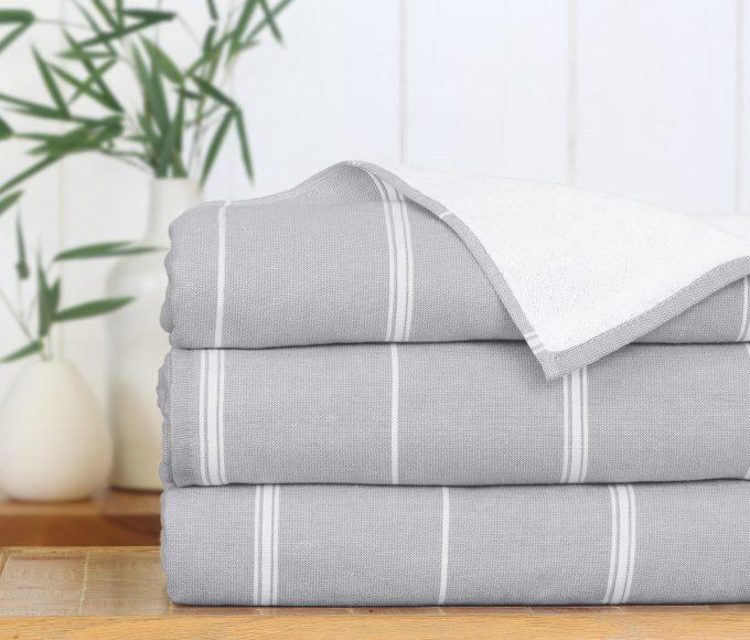 Peshterry Bath Sheet with grey stripes