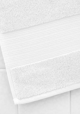 White Serene Bath Mat