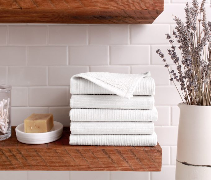 serene-washcloth-lifestyle-white